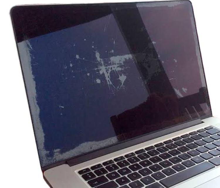 MacBook Retina Ekran Temizliği